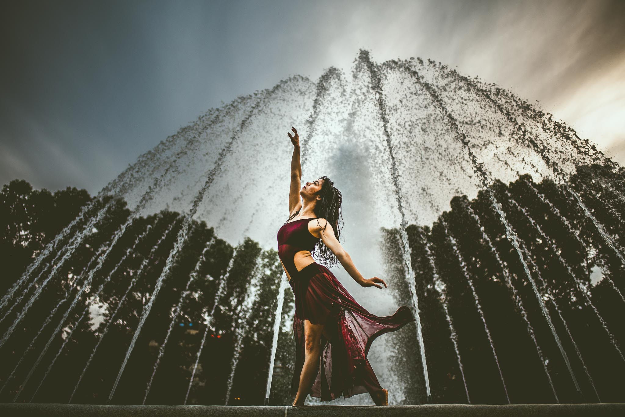 Abby Chung contemporary dance water fountain
