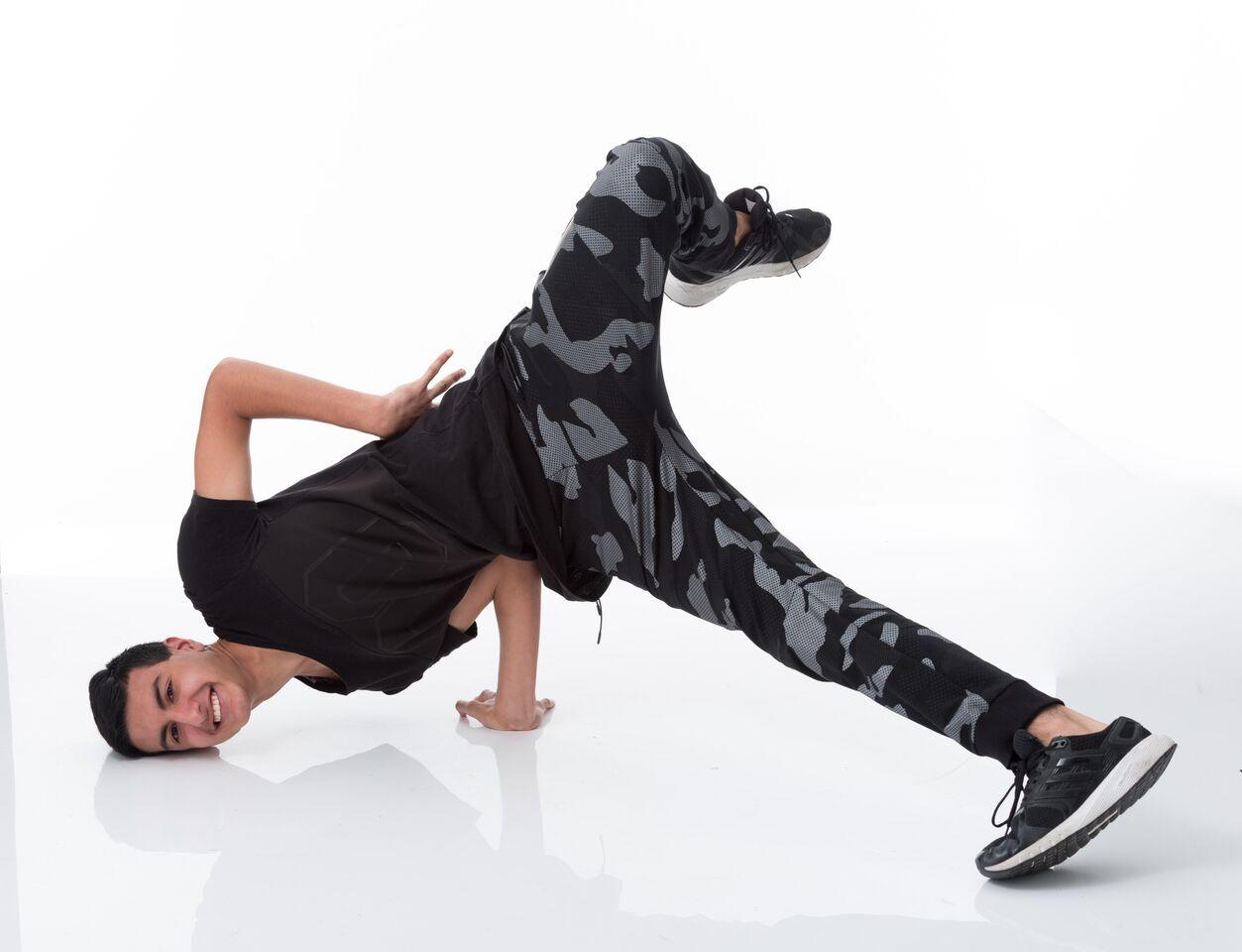 Jordan Some breakdance